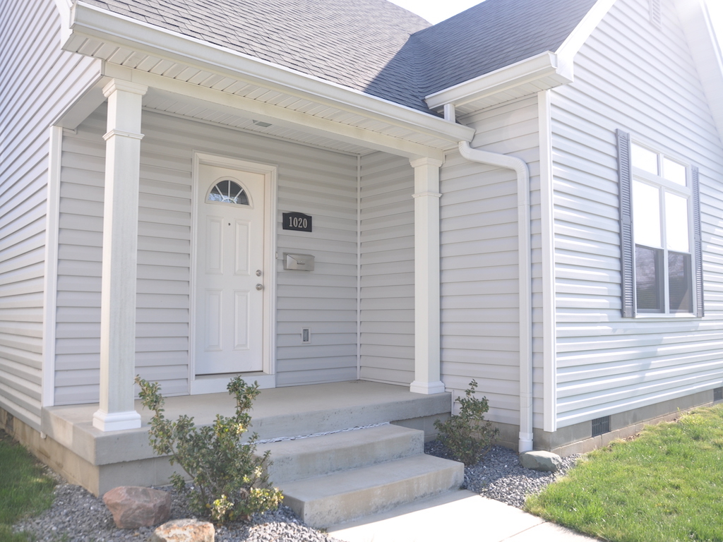 1020 Neely 5 bedroom rental house close to ball state exterior photo