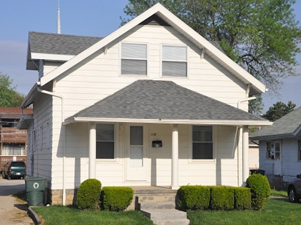 119 Calvert 6 bedroom Ball State house for rent in muncie exterior photo