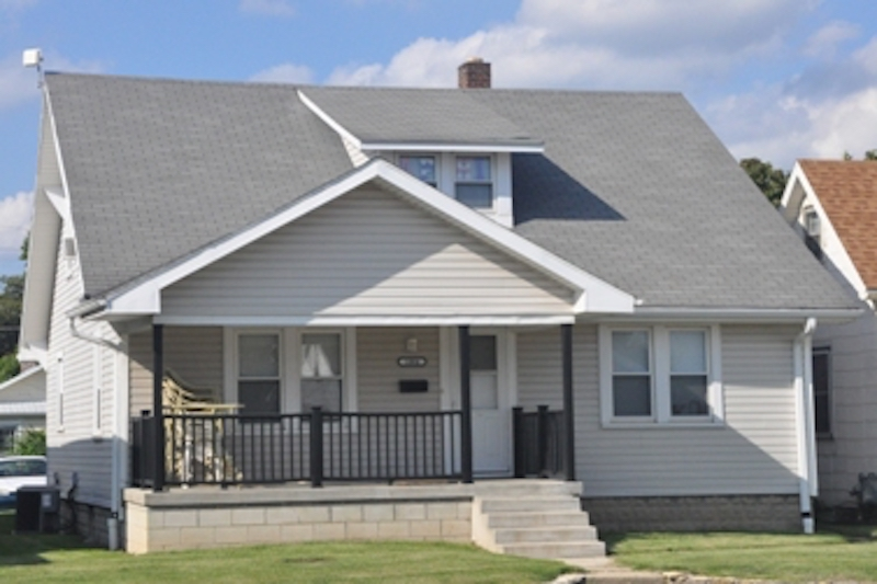 1004 Neely 6 bedroom Ball State house for rent in Muncie exterior photo