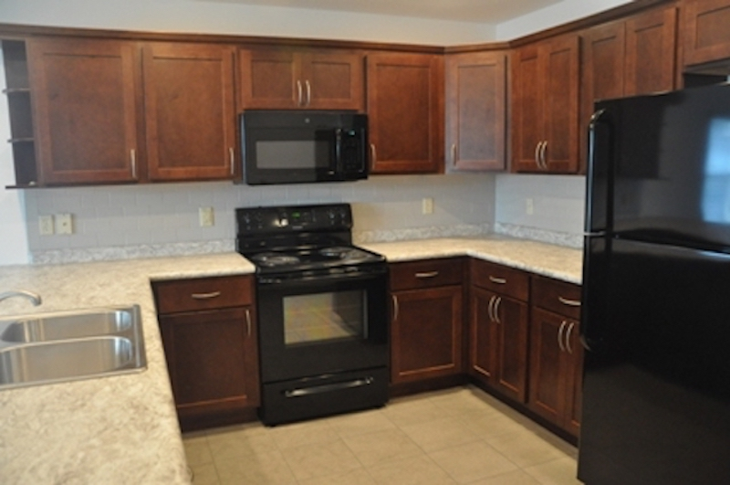 1010 Neely 5 bedroom BSU off campus house for rent kitchen photo