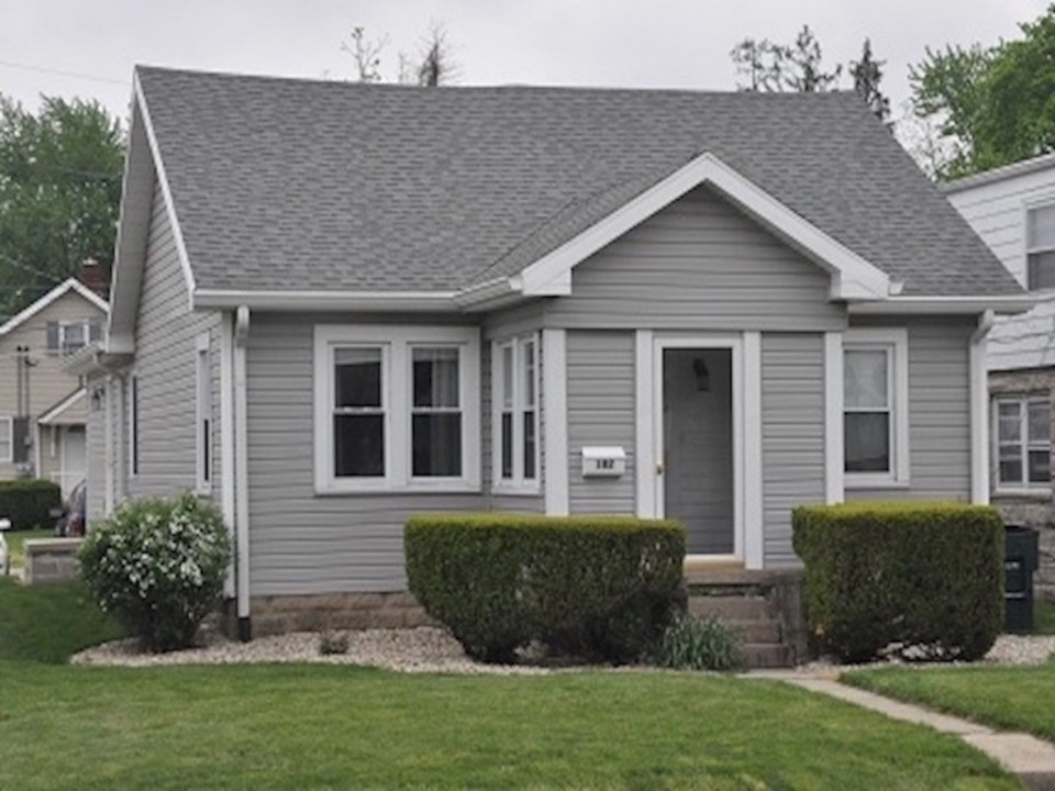 102 McKinley 3 bedroom Ball State house for rent exterior photo