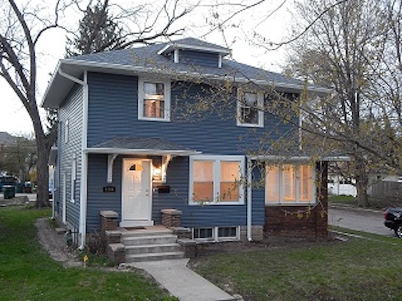 1100 Ashland 4 bedroom Ball State house for rent in Muncie exterior photo