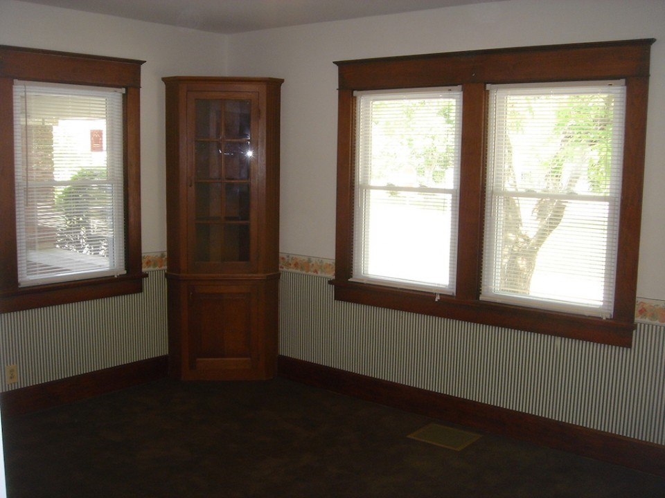 1101 Marsh 4 bedroom rental house near BSU dining room photo