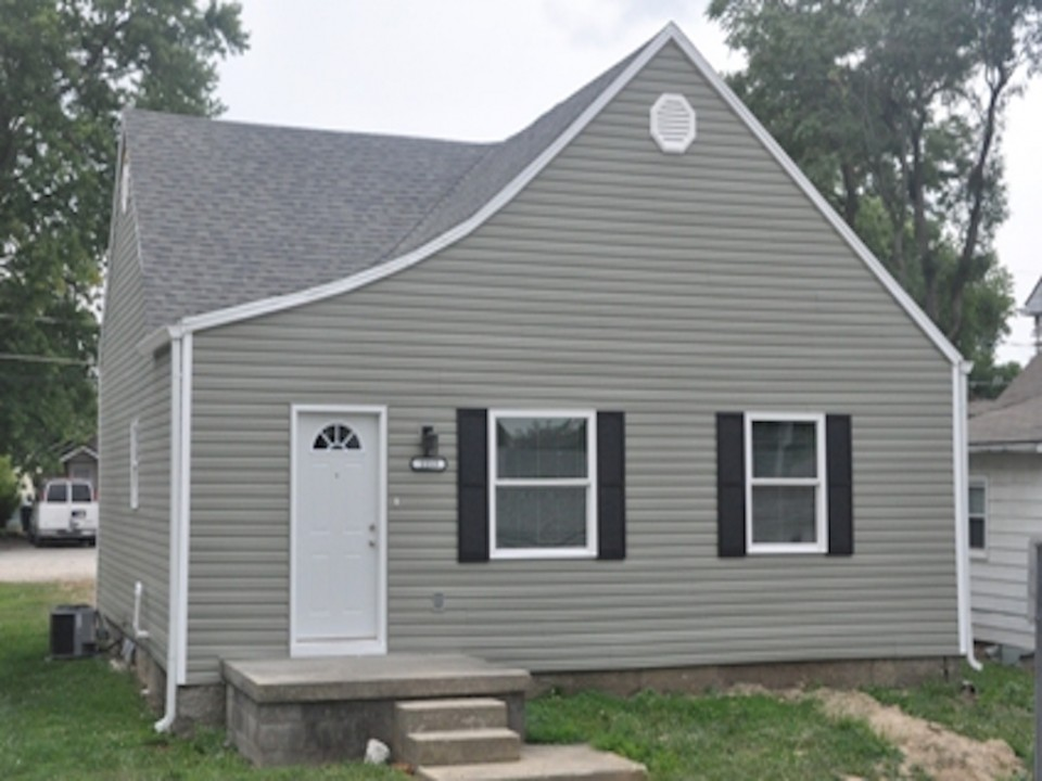 1113 Abbott 3 bedroom Ball State house for rent in muncie exterior photo
