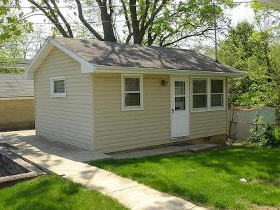1211 1/2 Carson 1-room Efficiency Ball State house for rent in muncie exterior photo